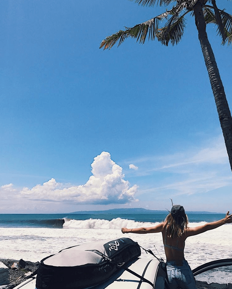 Surfing Bali's waves - Image by @frederique_lessard
