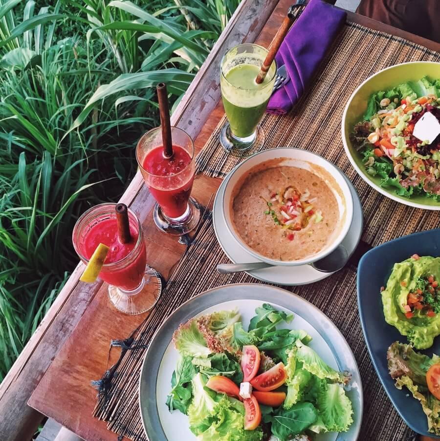 Pomegranate Cafe Hours