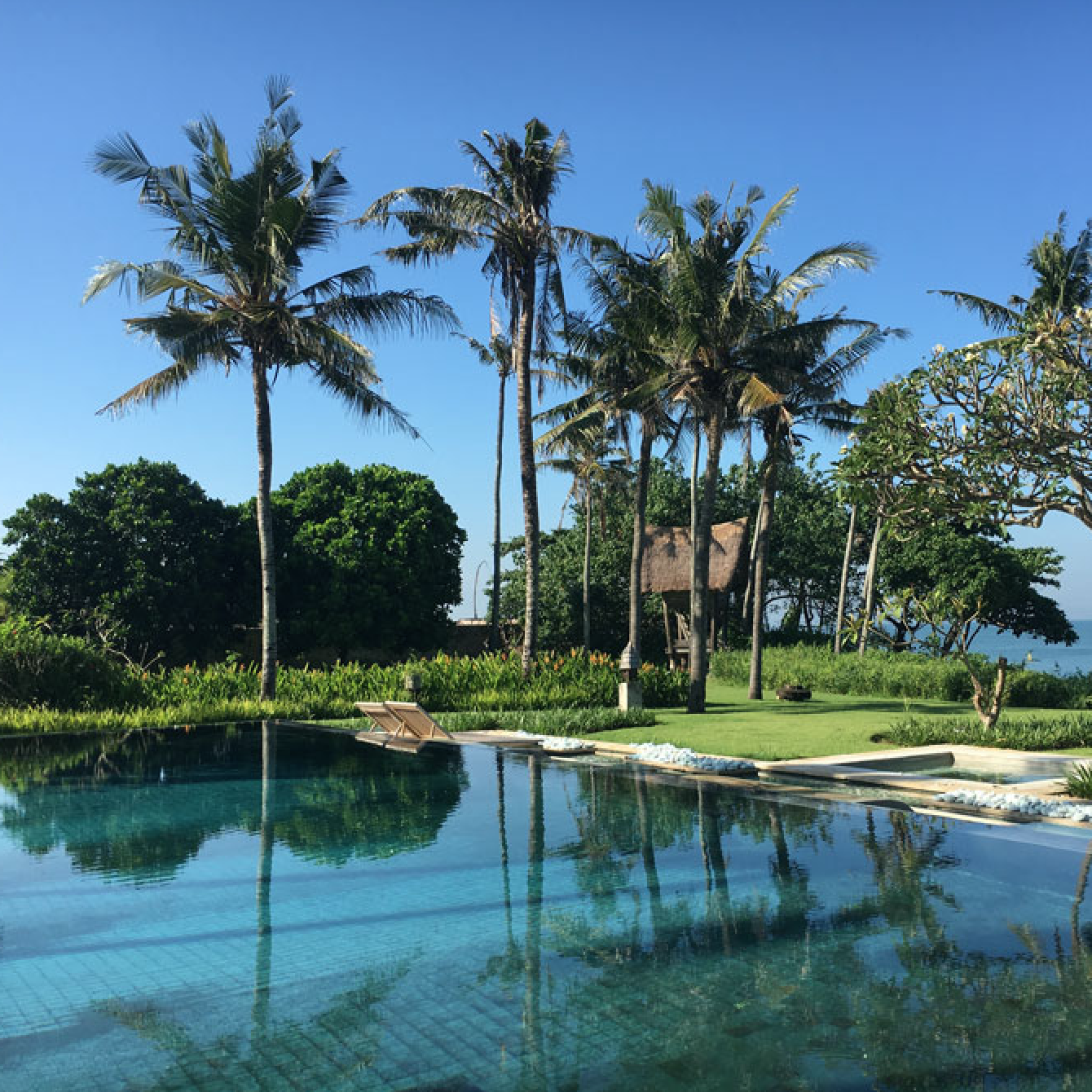 OMBAK LUWUNG BEACHFRONT ESTATE, CANGGU, 5 bedrooms, $1,775 – $2,680 per night
