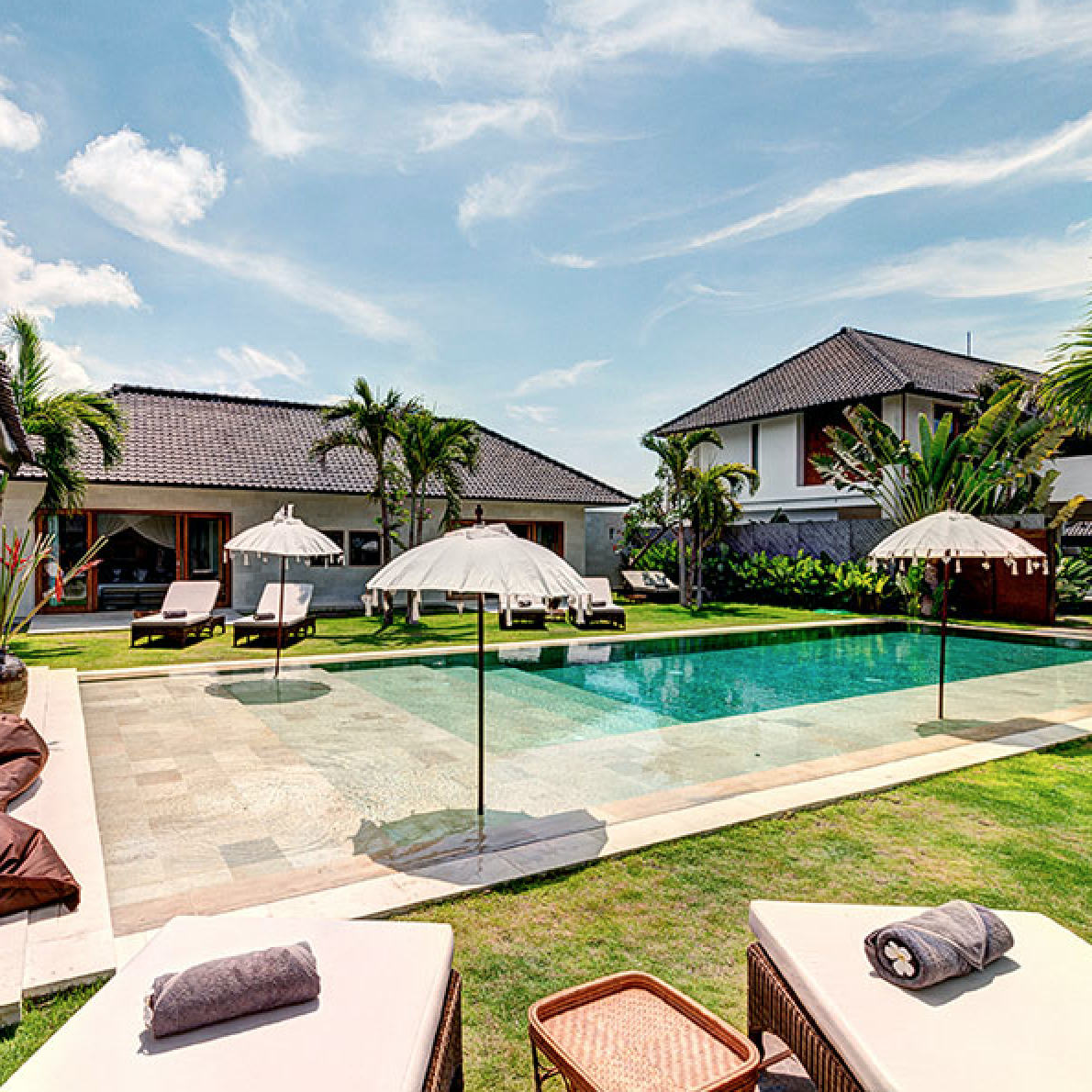 ABACA VILLAS, SEMINYAK, 1,3,5,6,15 bedrooms, $250 – $3.000 per night