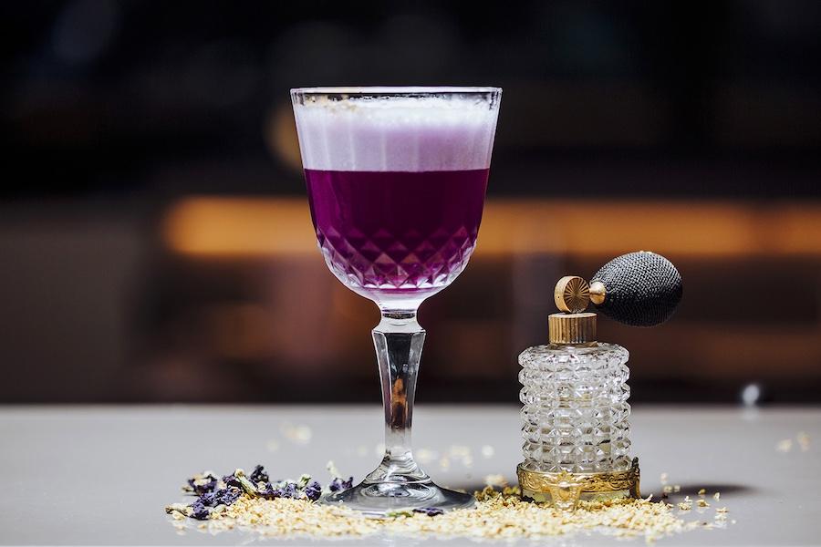 best bars singapore
