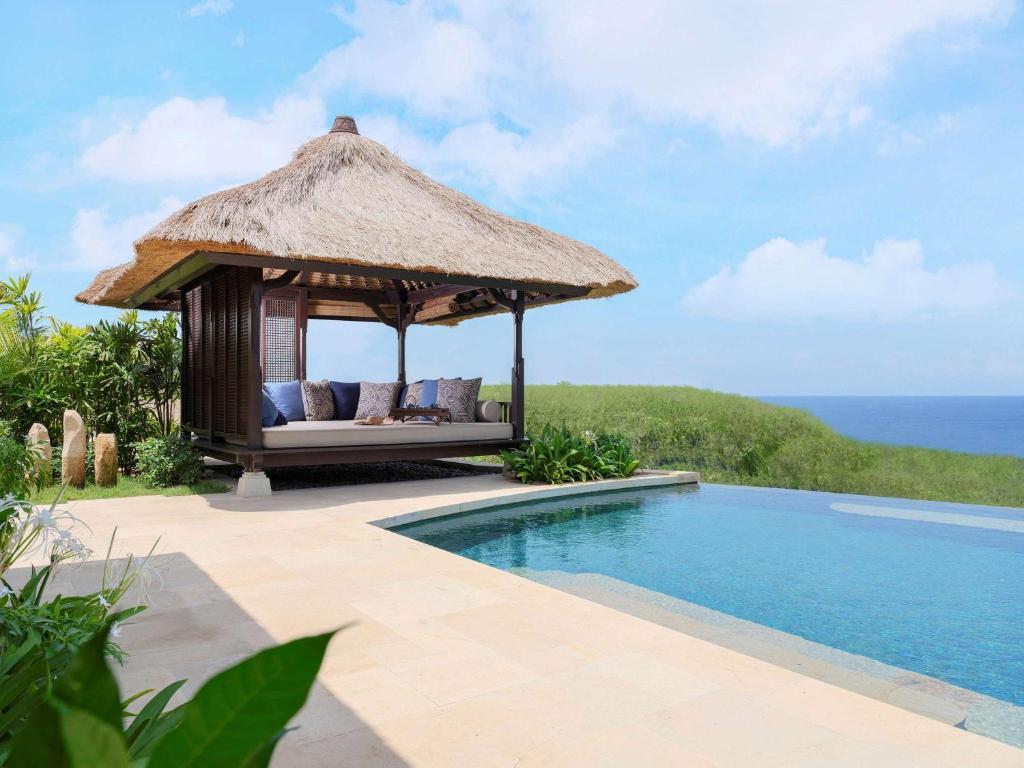 best luxury villas bali